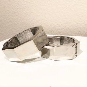 BANANA REPUBLIC polished silver hexagon bangle 🆕